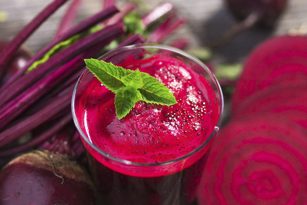 Beetroot Juice Slow Juicer : Beet juice has many health benefits including detoxification NaturalHealth365